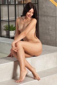 Goddess Nudes - Shela - Shela 1 by Ron Offlin