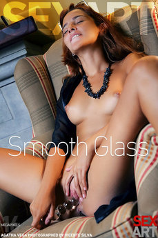 SexArt - Agatha Vega - Smooth Glass by Vicente Silva