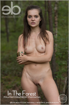 Erotic Beauty - Pola - In The Forest by Stan Macias