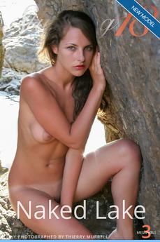 Elle - Naked Lake