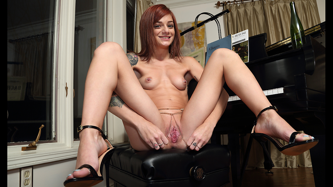 Roxy Ryder - Aerate and Pour