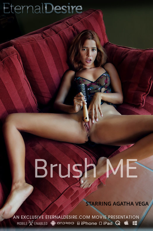 Brush ME featuring Agatha Vega by Arkisi