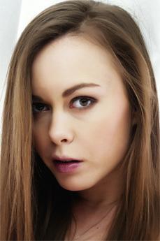 Mia Knox