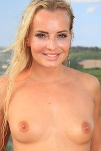 Emma Buttons 2