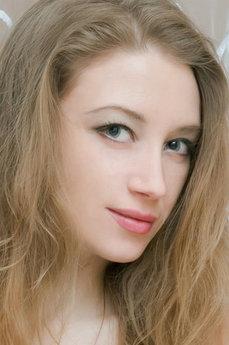 Elina C