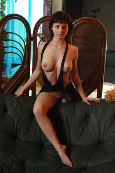 Erotic Beauty Shag Anna