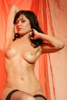 Erotic Beauty Return Darya