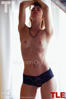 Afternoon Orgasm 1
